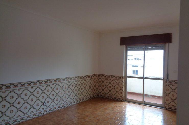 Apartamento T2 para arrendar em Caparide