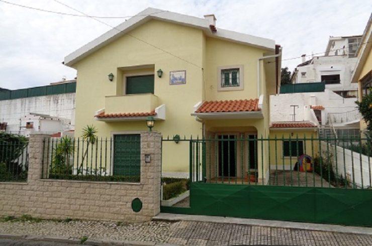 Moradia T4 isolada para venda em São Domingos de Rana, Cascais     –  VENDIDO  –